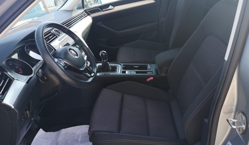 Volkswagen Passat Advance 1.6TDi 120cv, 2018 completo