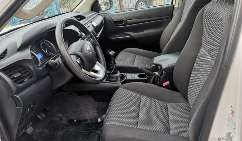 TOYOTA HILUX 2.4 D4D CABINA DOBLE 4X4, 2017 completo